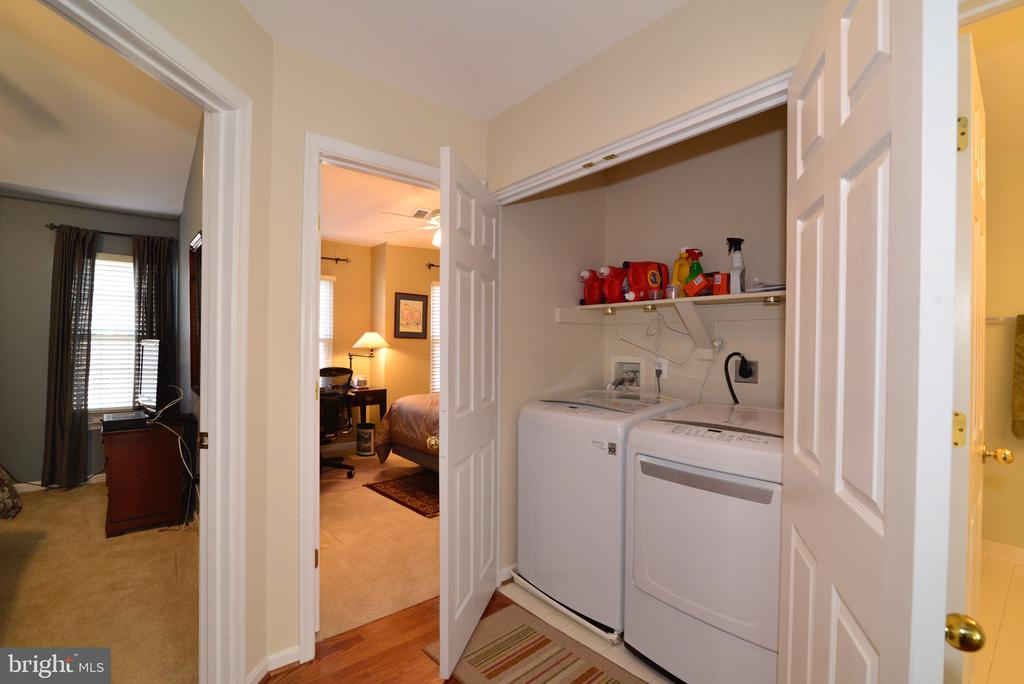 Upper level laundry room - 12171 TRYTON WAY, RESTON