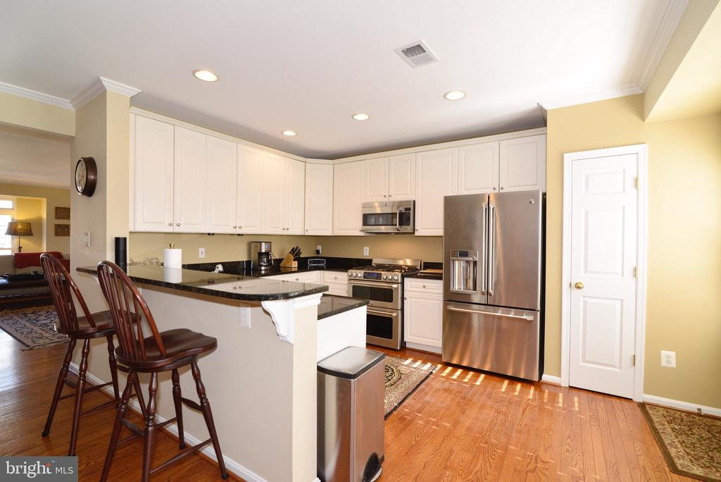 Flowing and open space - 12171 TRYTON WAY, RESTON