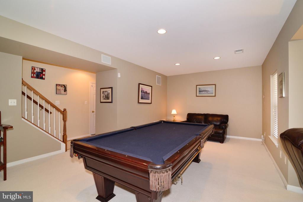 Finished basement perfect for entertaining - 12171 TRYTON WAY, RESTON