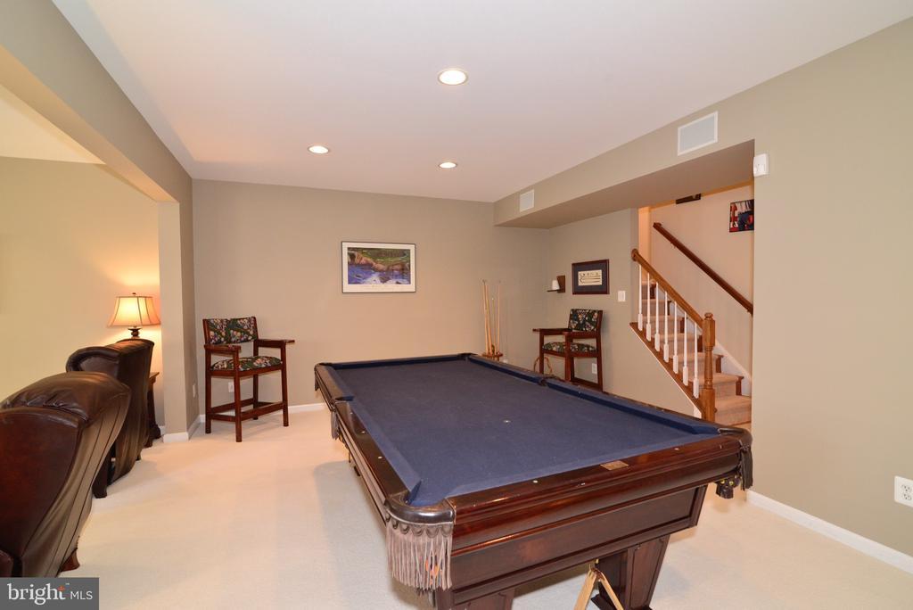Spacious finished basement - 12171 TRYTON WAY, RESTON