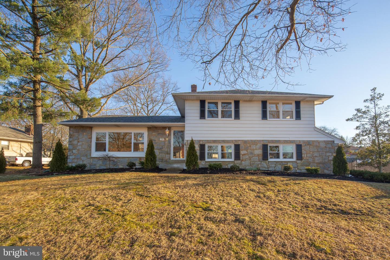Villa per Vendita alle ore 513 WILDWOOD Avenue Pitman, New Jersey 08071 Stati Uniti