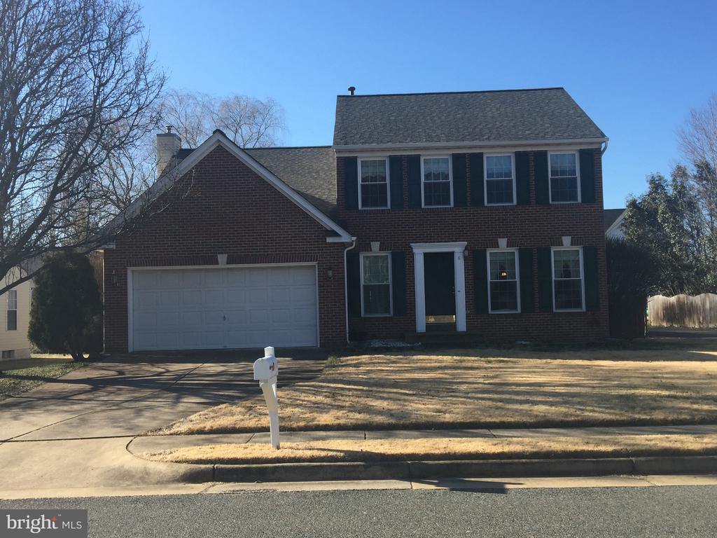 Welcome Home! - 8 WESTCHESTER CT, STAFFORD