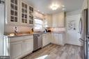 Stainless steel appliances and granite counters - 4314 MARKWOOD LN, FAIRFAX