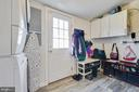 Mudroom/laundry (leads to garage) - 4314 MARKWOOD LN, FAIRFAX