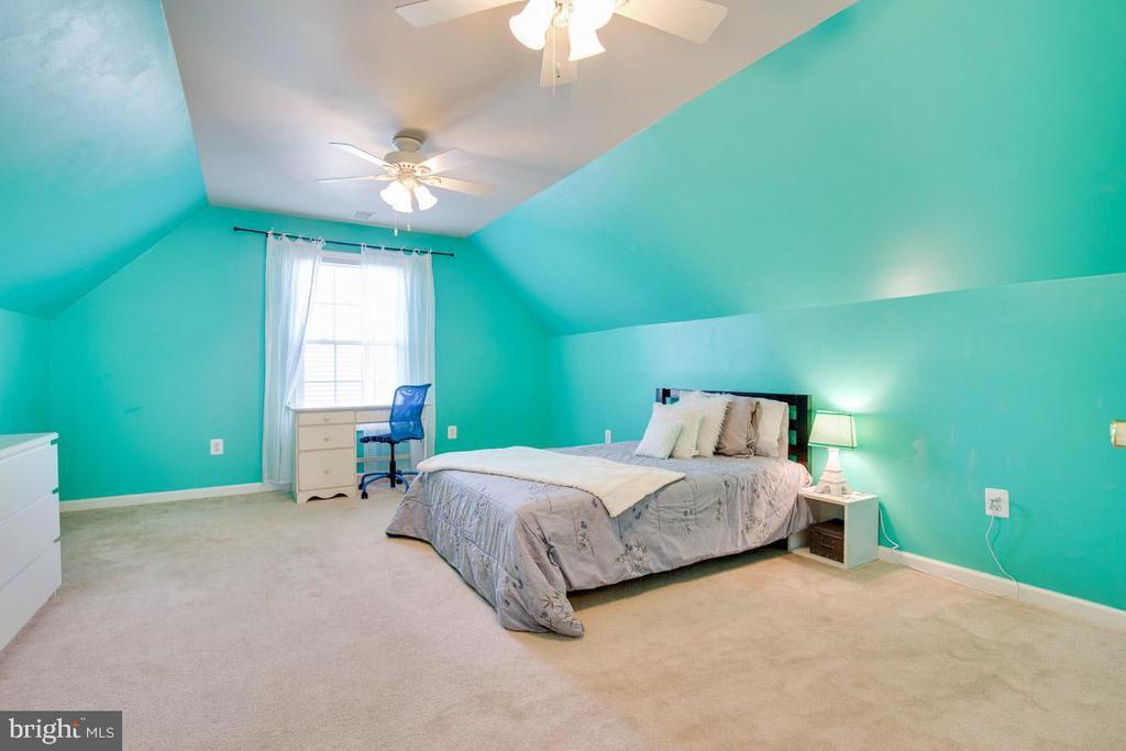 Bedroom # 5 - 4314 MARKWOOD LN, FAIRFAX