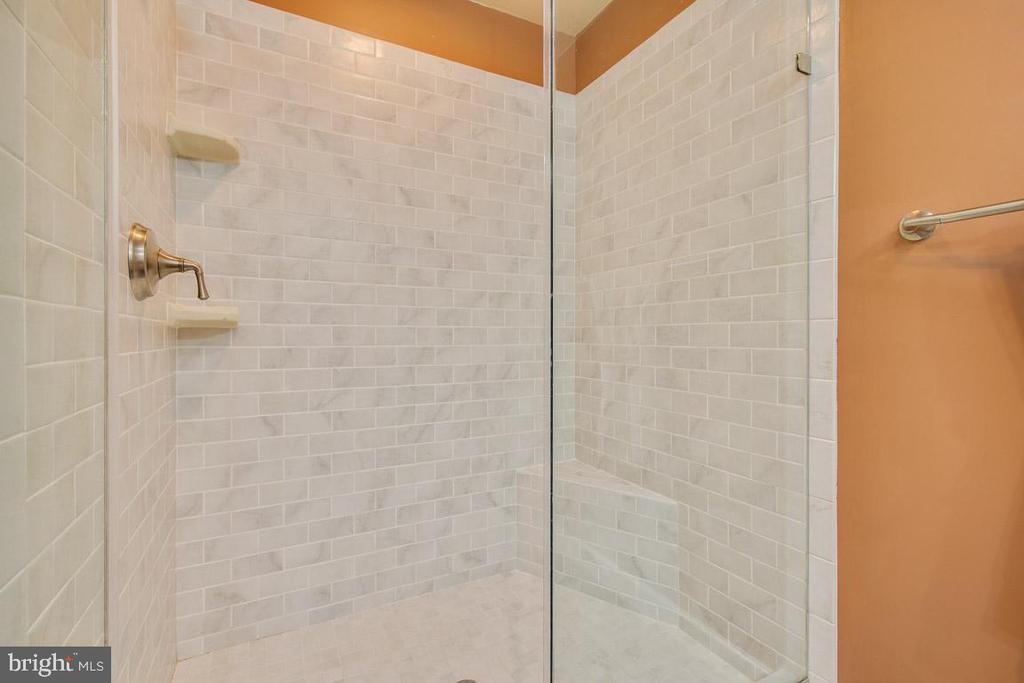 Master bathroom shower - 4314 MARKWOOD LN, FAIRFAX