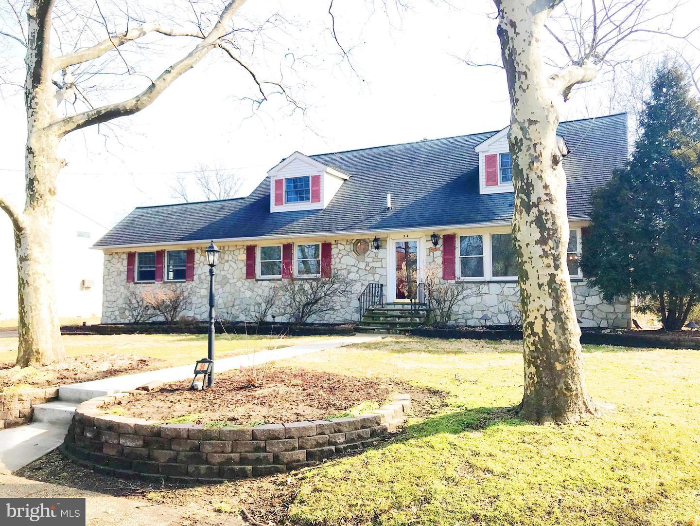 Maison unifamiliale pour l Vente à 54 E CUTHBERT BLVD Haddon Township, New Jersey 08108 États-Unis