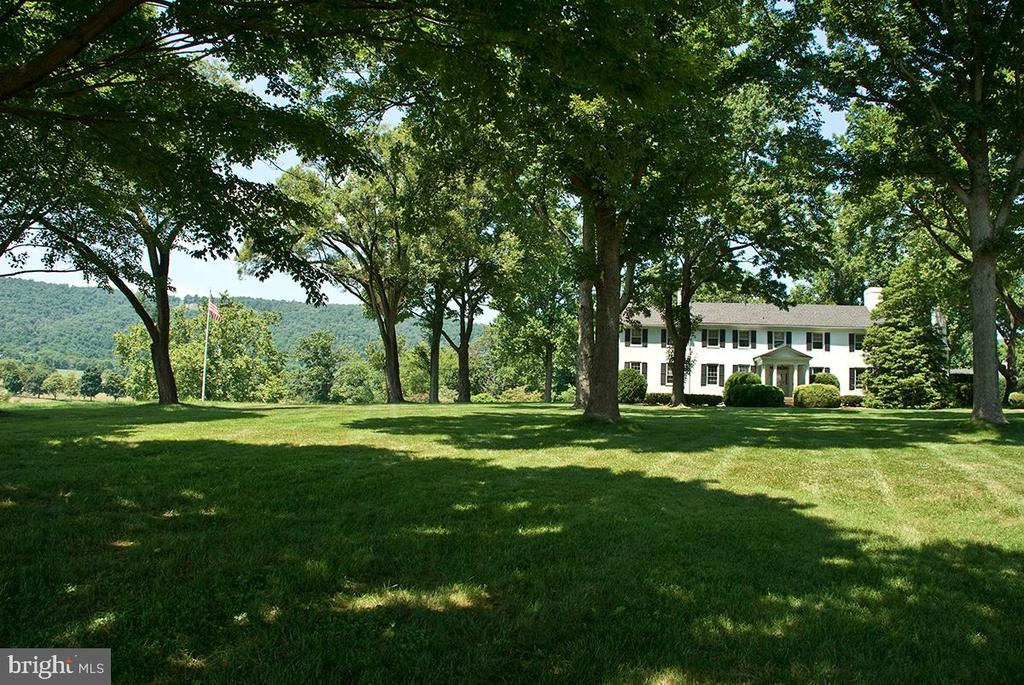 - 20854 TRAPPE, UPPERVILLE