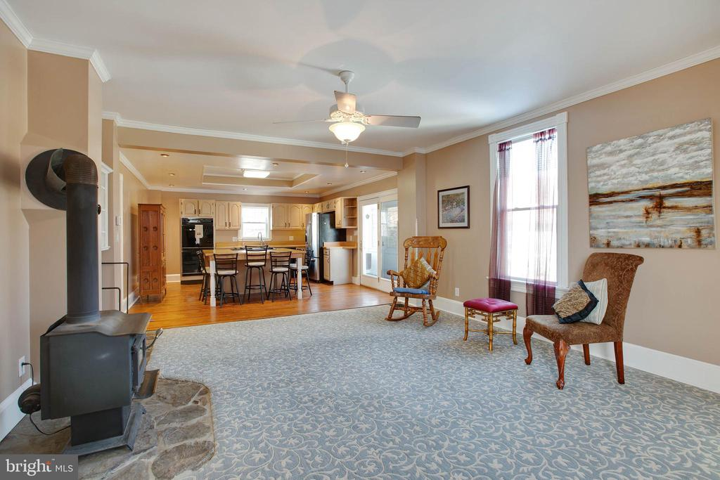 Family Room with wood burning stove - 3722 KANAWHA AVE, POINT OF ROCKS
