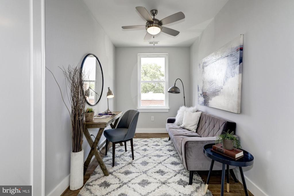 2nd bedroom is a great office - 1512 K ST SE #6, WASHINGTON