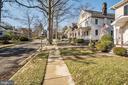 Street View and sidewalks. - 115 W MAPLE ST, ALEXANDRIA