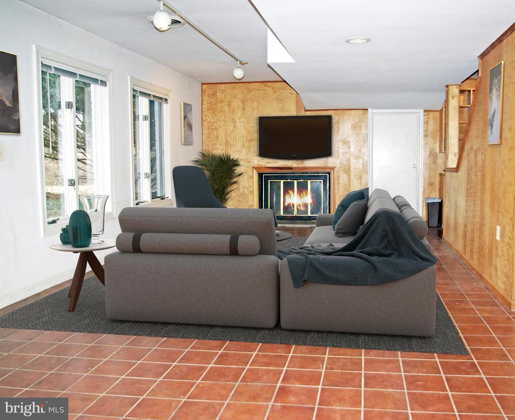 Lower level Recreation room - 7604 GLENNON DR, BETHESDA