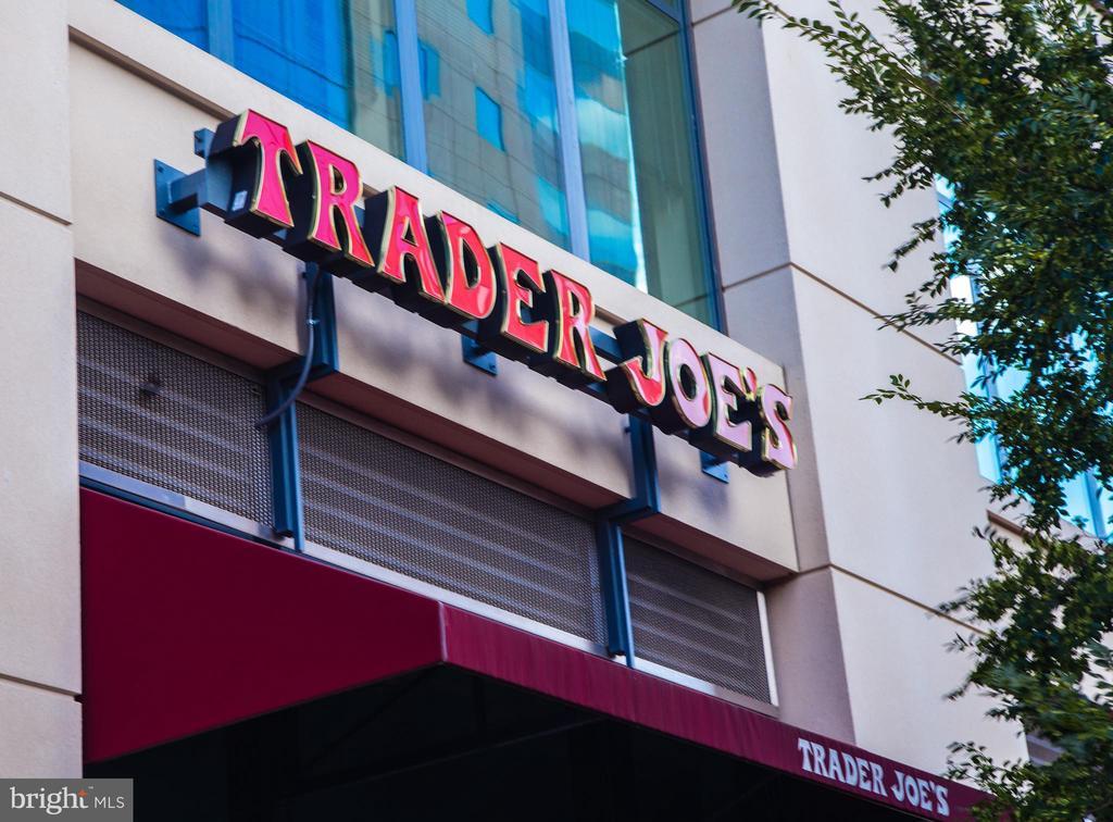 Community: Trader Joe's - 1714 N CALVERT ST, ARLINGTON