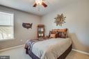 Natural light in upper bedrooms. - 215 ROCK RAYMOND DR, STAFFORD