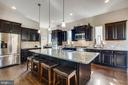 This is the kitchen you've been dreaming of! - 215 ROCK RAYMOND DR, STAFFORD
