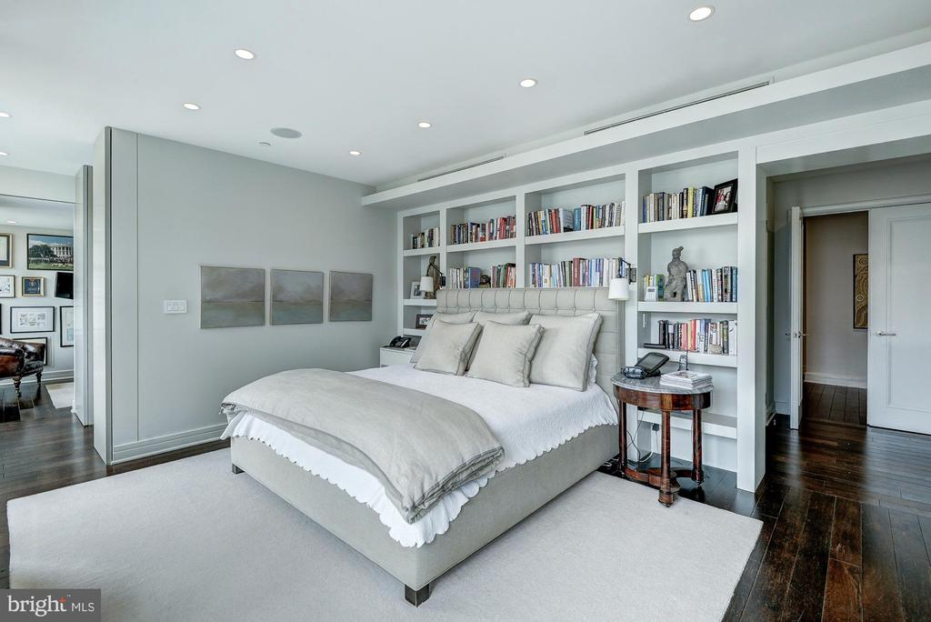 OWNER'S BEDROOM SUITE - 1155 23RD ST NW #PH3E, WASHINGTON