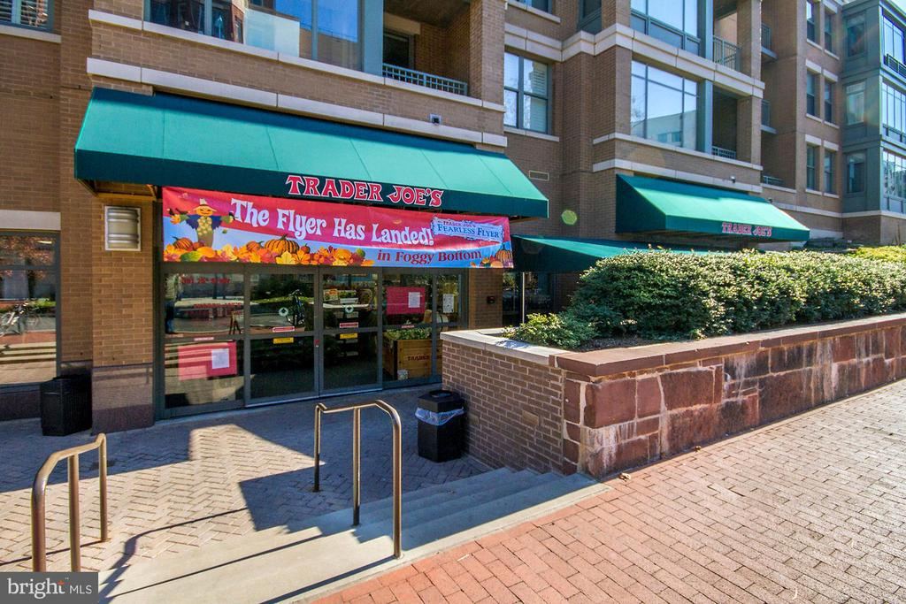 TRADER JOE'S - 1155 23RD ST NW #PH3E, WASHINGTON