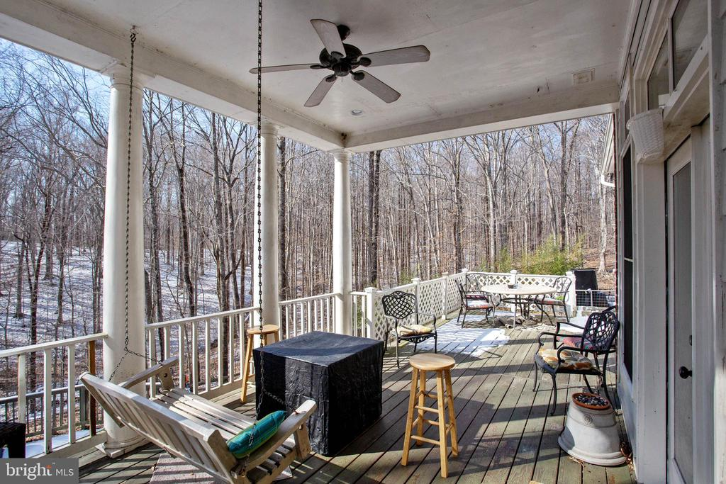Relax on Your Deck Overlooking the In Ground Pool - 8309 CRESTRIDGE RD, FAIRFAX STATION