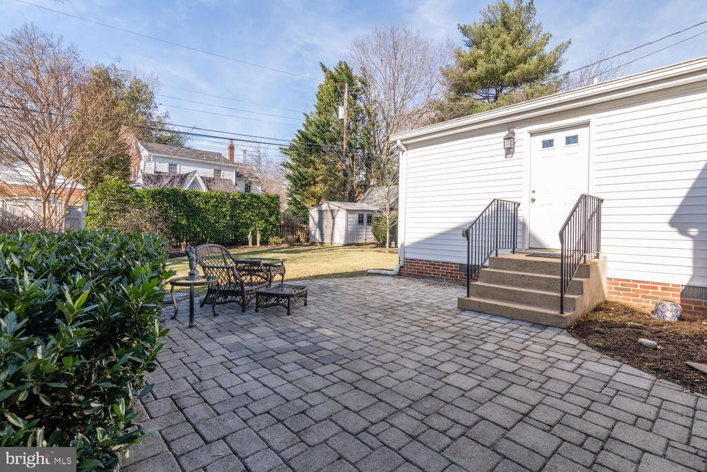 Perfect for Backyard cookouts! - 522 N NORWOOD ST, ARLINGTON