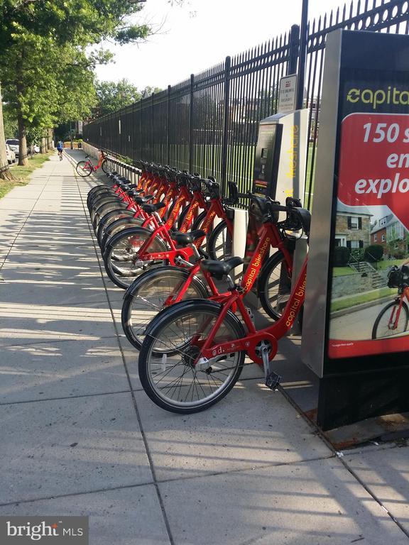 Capitol Bike Share - 3014 SHERMAN AVE NW #1, WASHINGTON