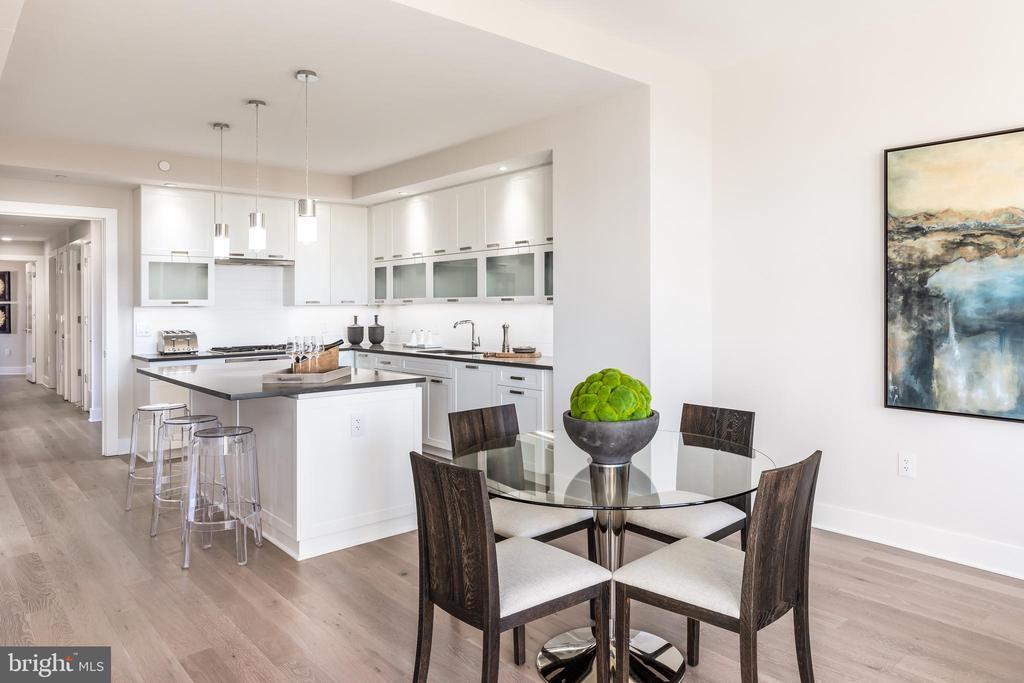 Kitchen/Family - 4960 FAIRMONT AVE #1403, BETHESDA