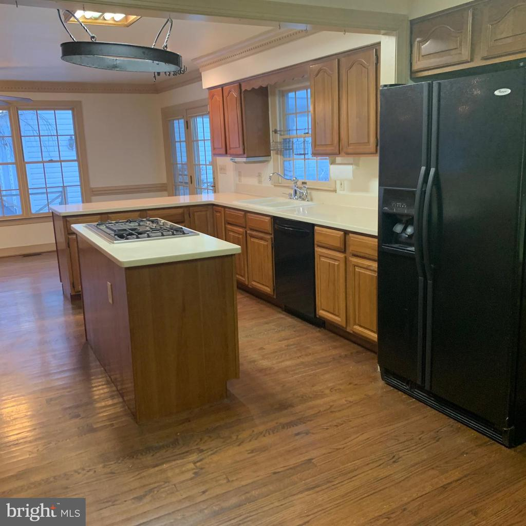 Lots of natural light in Kitchen & Dining Areas - 13201 FOX GATE DR, SPOTSYLVANIA