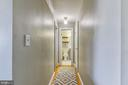 Hallway leading back to the master bedroom - 2016 N ADAMS ST #504, ARLINGTON