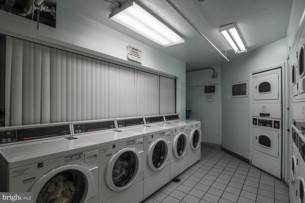 Laundry room - 2016 N ADAMS ST #504, ARLINGTON