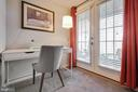 Office nook in bedroom - 2907 S WOODSTOCK ST #E, ARLINGTON