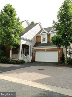 6987 FOREPOND CT