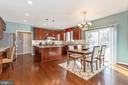 Kitchen with stainless apliances and gas stove - 13402 STONEBRIDGE TER, GERMANTOWN
