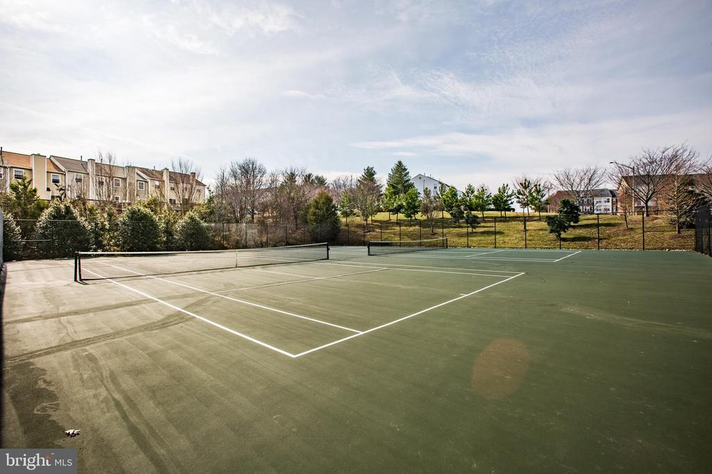 community tennis courts - 9603 MASEY MCQUIRE CT, LORTON