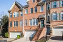 All brick front townhomes in Gunston Hill - 9603 MASEY MCQUIRE CT, LORTON