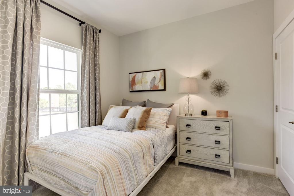 - QUICK MOVE IN MOZART, NEW MARKET