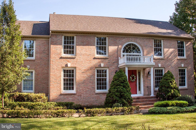 Maison unifamiliale pour l Vente à 95 BRANCH Street Medford Township, New Jersey 08055 États-UnisDans/Autour: Medford