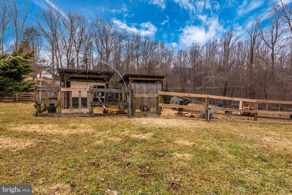 - 4417 REELS MILL RD, FREDERICK