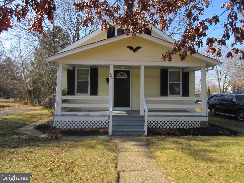 Частный односемейный дом для того Продажа на 406 SUMMIT Street Hightstown, Нью-Джерси 08520 Соединенные ШтатыВ/Около: Hightstown Borough