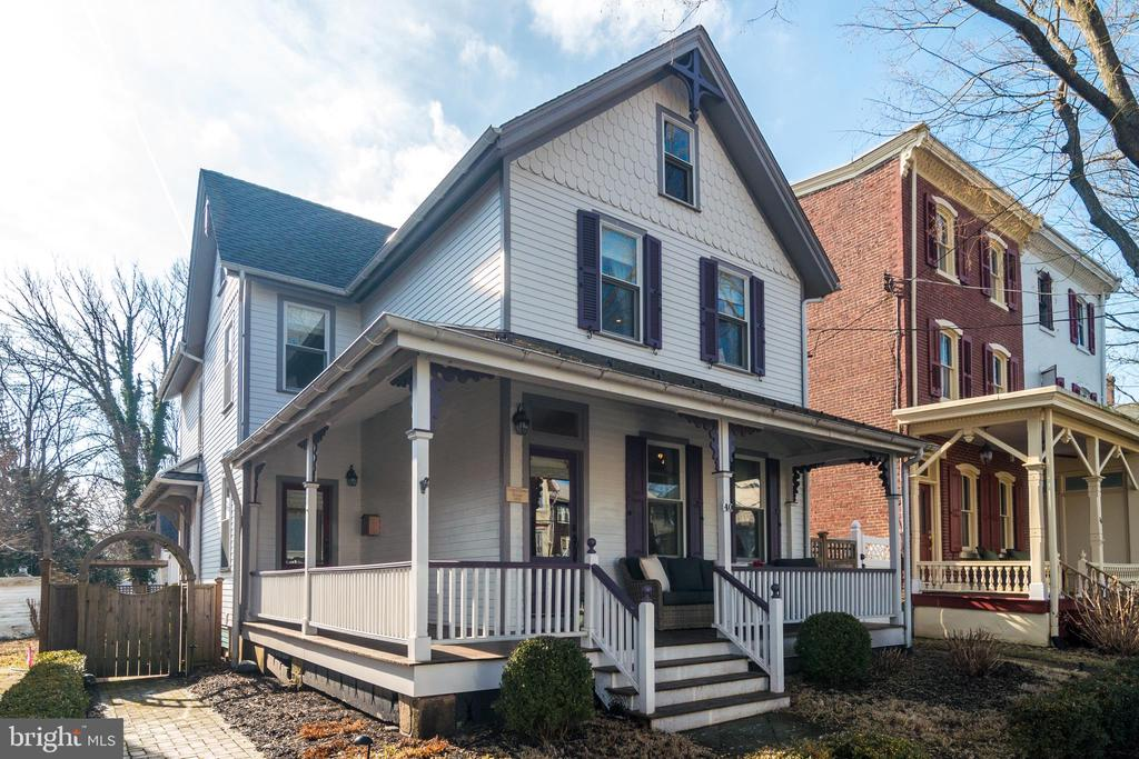 40 S CLINTON STREET, Doylestown, Pennsylvania