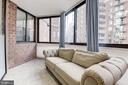 Den/Office/Guest Suite - 1001 N RANDOLPH ST #205, ARLINGTON