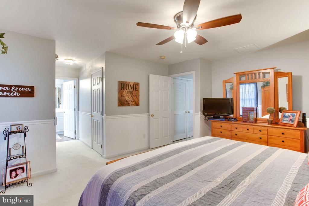 master bedroom - 42566 NATIONS ST, CHANTILLY