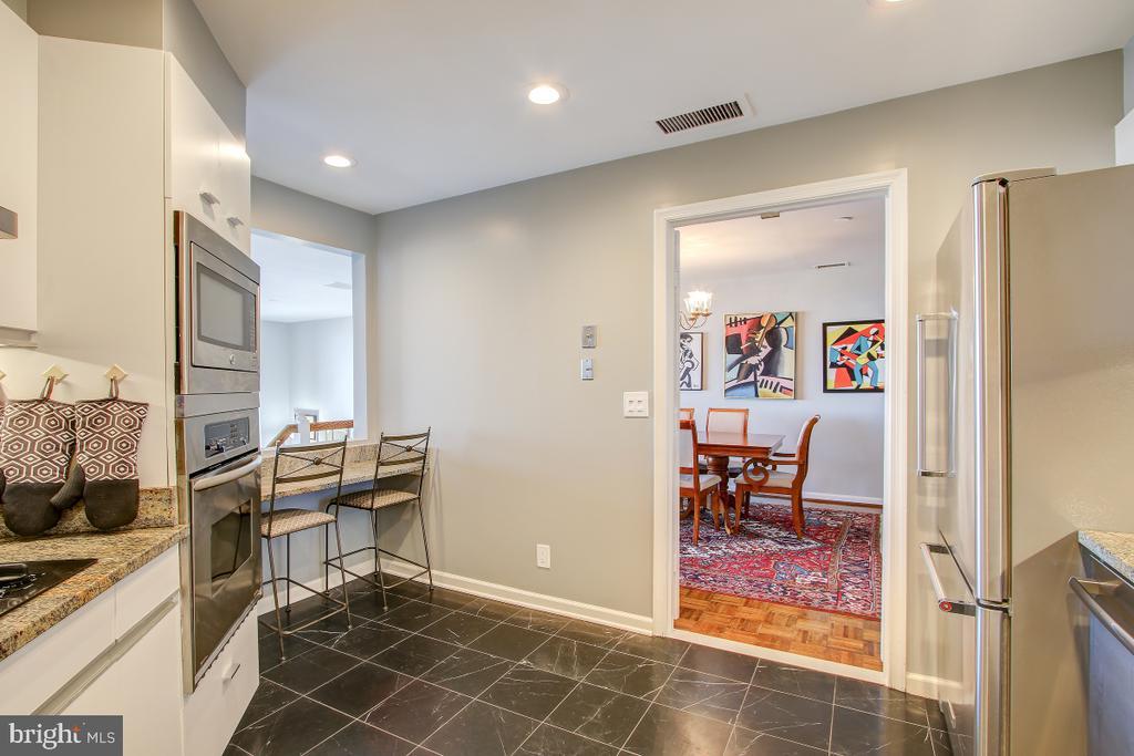 Kitchen Renovated in 2018 - 1401 N OAK ST N #305, ARLINGTON