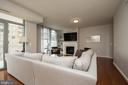 So bright and open - 11990 MARKET ST #1117, RESTON