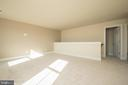 Perfect place to play/study/or add another bedroom - YAKEY LN, LOVETTSVILLE