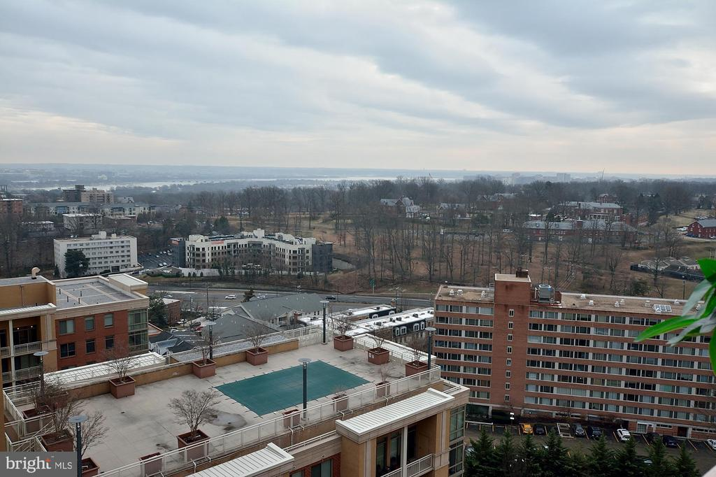 VIEW - 1301 N COURTHOUSE RD N #1809, ARLINGTON