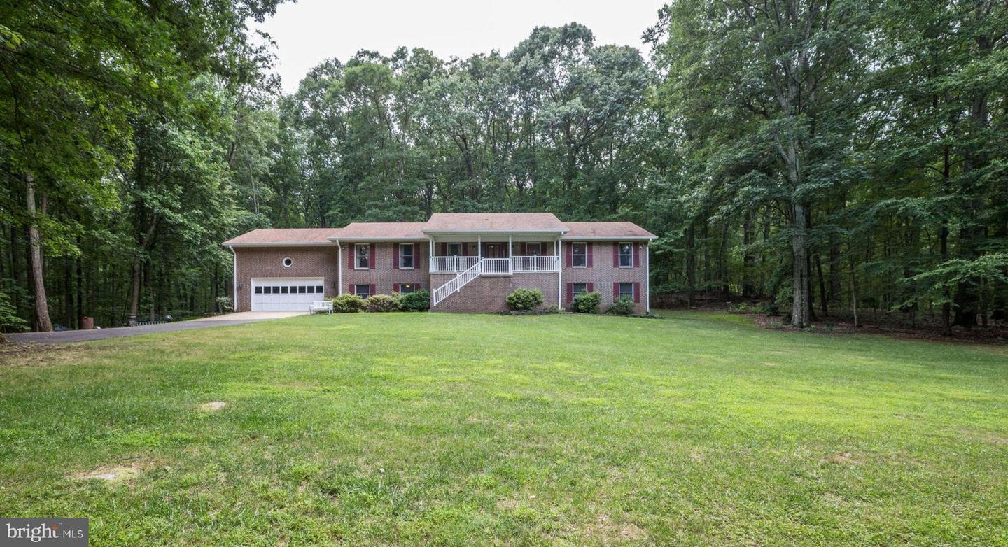 Single Family for Sale at 4066 Rolling Hills Dr 4066 Rolling Hills Dr Delaplane, Virginia 20144 United States