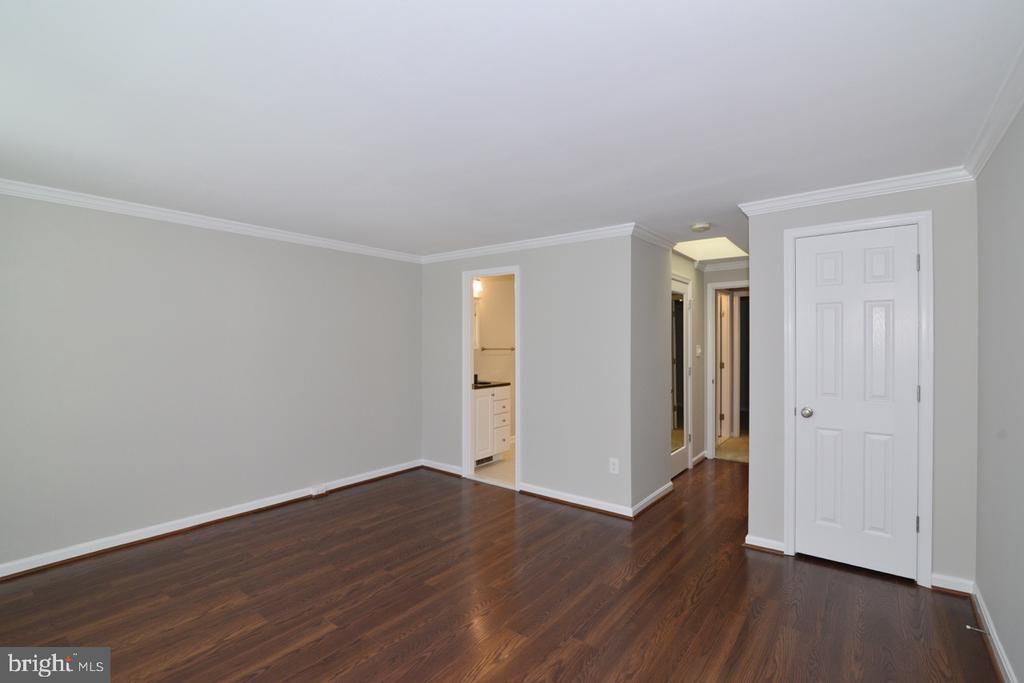 Master Bedroom 2 - 2068 WHISPERWOOD GLEN LN, RESTON