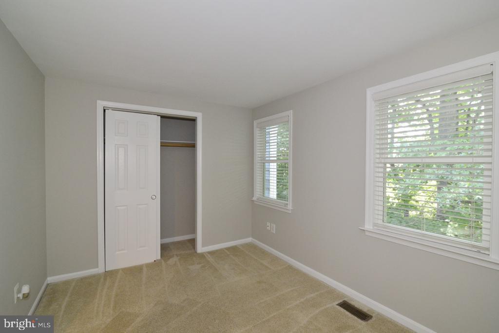 Bedroom 1b - 2068 WHISPERWOOD GLEN LN, RESTON