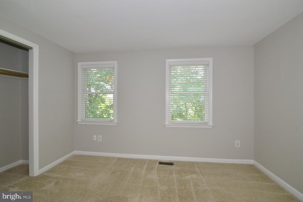 Bedroom 1a - 2068 WHISPERWOOD GLEN LN, RESTON