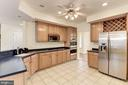 Gourmet Kit w/ SS apps, double ovens & microwave. - 18421 GREEN ISLAND TER, LEESBURG