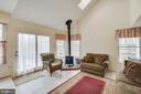 Spacious family room w/vaulted ceilings/sky lights - 3 BRYANT BLVD, STAFFORD